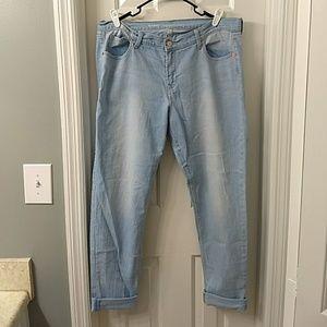 Old Navy boyfriend skinny jeans 14 Tall